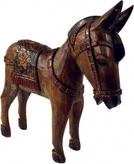 Carved horse, wooden decoration object - Design 3