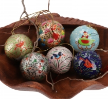 Upcyceling Christmas balls set of 6 papier-mâché, hand painted Ch..