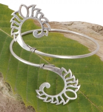 Upper arm bracelet, silver Boho bangle - Model 2
