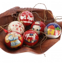 Upcyceling Christmas baubles set of 6 papier mache, hand painted ..