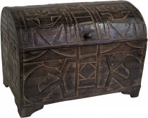 Half-round carved balsa wood chest in 3 sizes