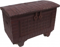 Indian wedding chest, wheel chest - Model 1