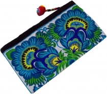 Cosmetic bag with folklore embroidery - turquoise