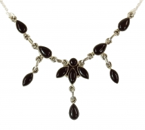 Silver necklace with semi-precious stones - Onyx
