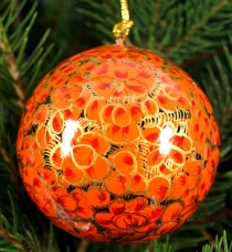 Upcyceling Christmas bauble made of papier-mâché, hand painted Ch..