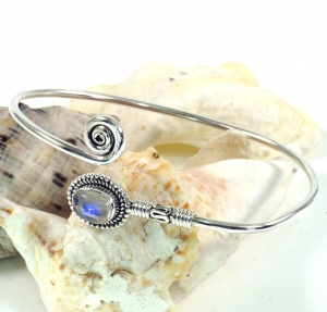 Boho bangle, bracelet with semiprecious stone - Moonstone