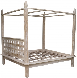 Canopy bed made of light teak wood